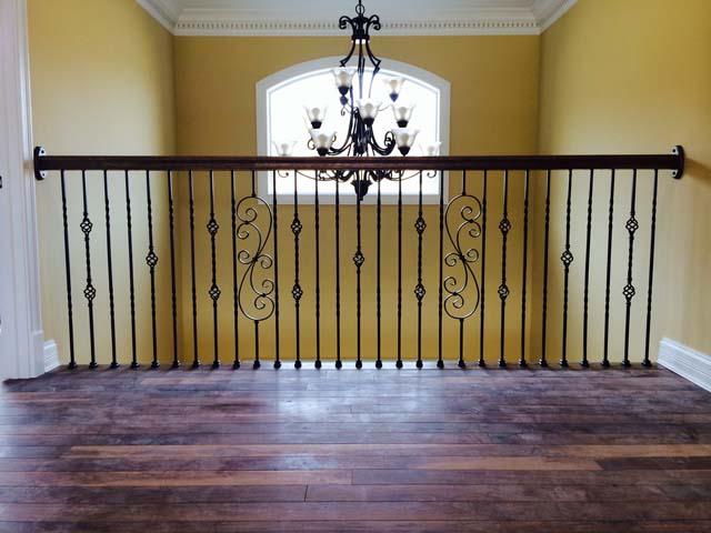 Hallway Balcony & Railing